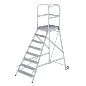Günzburger Steigtechnik Podesttreppe einseitig begehbar mit Rollen und Griffen Aluminium geriffelt 8-Stufig